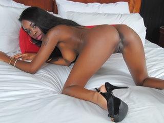 Cute ebony girl Ciara Rose enjoys..